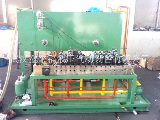 Inclined caster hydraulic system, bending roll hydraulic system