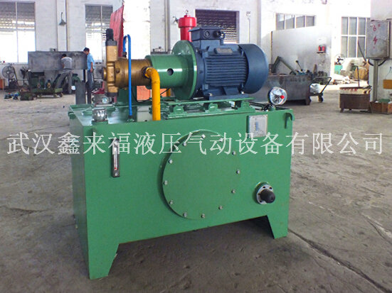 Hydraulic station of dredger, hydraulic station of garbage station